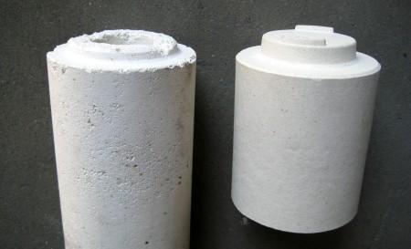 左:他社製ムライト支柱 右:当社ムライト支柱